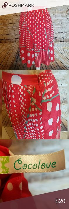 Red polka dot Modcloth pleated skirt Re-posh. I love this darling vintage style skirt and had visions of wearing it to Disneyland as a Minnie Mouse inspired piece but it doesn't fit. Darn. My loss is your gain. Size M. Side zipper. Originaly purchased from Modcloth. Modcloth Skirts Midi