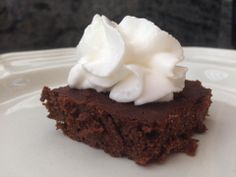 Low Carb Brownie: Recipe One stick butter, melted (1/2 C.) Half cup Truvia, I mix E & stevia ext. Two eggs, beaten 1/3 cup of cocoa 1/2 cup almond flour 1/2 teaspoon vanilla 1/2 teaspoon caramel extract 1/4 teaspoon baking powder 1/4 teaspoon salt 1 tablespoon almond milk Mix all together and pour into greased 8 x 8. Bake at 350 for 20 minutes