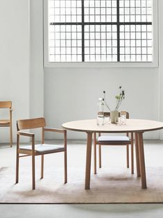 The Post Collection by Cecilie Manz reflects our shared passion for a clean, crisp, uncluttered aesthetic, where each piece involves beautifully crafted wood in proportions that naturally suit the human body. Image via @illumsbolighus #fredericiafurniture #postcollection #postchair #ceciliemanz #tarotable #jaspermorrison #modernoriginals #craftedtolast Chair Design Wooden, Wood Oil, Wood Surface, Painting On Wood, Solid Wood, Dining Chairs, Pure Products, Interior Design, Modern