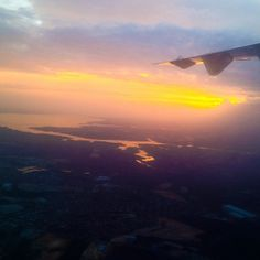 Via internauta @ale_barreto - Vista aérea de Manaus.