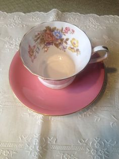 #Vintage #Aynsley cup and saucer set, fine bone chia made in England. Dark pink and white with flowers on the inside of cup. Set is in perfect condition! Please message me p... #vintage #collectibles #porcelain #vintage #aynsley #collectible