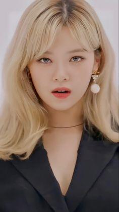 Kpop Girl Groups, Kpop Girls, My Girl, Cool Girl, Twice Jungyeon, Twice Jihyo, Hirai Momo, Girl Crushes, Nayeon