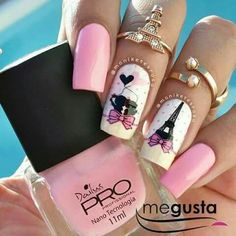 Eiffel tower and pale pink nail art. Gold Glitter Nails, Pink Nails, Gel Nails, Acrylic Nails, Paris Nail Art, Paris Nails, Nail Art Designs Videos, Nail Designs, Cute Nails
