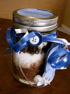 Easy to make mason jar hot chocolate with dipping spoons.
