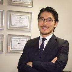 Click do dia! Se você não conhece, esse é o diretor do Instituto PERFACE, Dr. Fernando Nakamura, cirurgião plástico formado no serviço do renomado prof. Ivo Pitanguy, com grande experiência em cirurgias faciais.