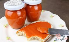 Homemade paprika spread that is addictive Top-Rezepte. Pesto Hummus, Tasty, Yummy Food, Chutney, Brunch, Food And Drink, Cooking Recipes, Pudding, Stuffed Peppers