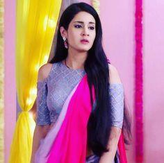 Saree Blouse Designs, Blouse Styles, Beautiful Indian Actress, Beautiful Actresses, Tashan E Ishq, Designer Party Wear Dresses, Satin Saree, Indian Gowns Dresses, Saree Trends