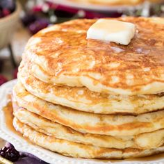 Best Buttermilk Pancakes Recipe Pancakes For Two, Pancakes From Scratch, Pancakes And Waffles, The Best Buttermilk Pancake Recipe, Buttermilk Pancakes Easy, Martha Stewart Pancakes, Martha Stewart Recipes, Pancake Calories, Breakfast Recipes