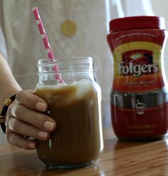 With just a few ingredients and a little time, you can whip up your own iced coffee at home for a fraction of the cost. Plus, add as little or as much ice as you want. (And no one gets sued. Instant Iced Coffee Recipe, Best Iced Coffee, Iced Coffee At Home, Iced Coffee Drinks, Starbucks Drinks, Starbucks Recipes, Instant Pot, Sweet Coffee, Starbucks Coffee