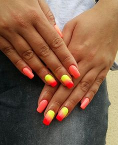 by Klaudia Demkiewicz Indigo Young Team :) Follow us on Pinterest. Find more inspiration at www.indigo-nails.com #nailart #nails #indigo #ombre #sunset #yellow