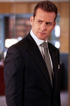 """""""Suits"""" - Harvey elegant im AnzugYou can find Harvey specter and more on our website.""""Suits"""" - Harvey elegant im Anzug Serie Suits, Suits Series, Suits Tv Shows, Harvey Specter Anzüge, Trajes Harvey Specter, Suits Harvey, Mens Fashion Suits, Mens Suits, Suits Usa"""