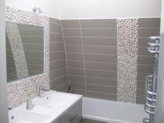 Am nagement salle de bain notre blog l 39 avancement de - Salle de bain frise verticale ...