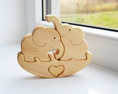 Puzzle Toy elephant - Wooden Puzzle elephant - Educational toys - Wooden Swing - Kids gifts - Animal puzzle - elephant Family