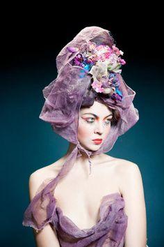 Hats : Alexandra Konwinski / Photo : Armelle Bouret / Makeup : Anne Arnold.