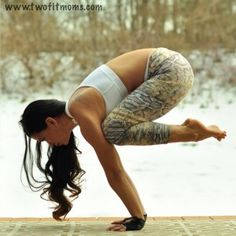Get your crow on- steps to increase strength and get into crow pose    Twofitmoms.com