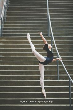 Some fun in Seattle after performing @YAGP (Bodysuit by Ainsliewear; Suffolk Spotlight Pointe Shoes)