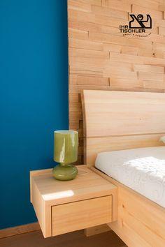 Individuelles Schlafzimmer nach Planung von der Tischlerei Pichler aus dem Burgenland (A). Weitere Ideen finden Sie hier auf tischler.at Wood Work, Home Living Room, Floating Nightstand, Diy And Crafts, Banana, Woodworking, Projects, Furniture, Home Decor