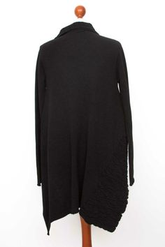 Damen SARAH PACINI Black Lagenlook Open Front Cardigan Size One Size   eBay Masai Clothing, Sarah Pacini, Odd Molly, Zadig And Voltaire, Alpaca Wool, Open Front Cardigan, Wool Cardigan, Clothing Company, Wool Blend