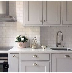 Kitchen decor for sale kitchen and bath cabinets,l shaped modular kitchen modular kitchen interior design ideas,white kitchen drawers the best kitchen islands. Grey Shaker Kitchen, Gray And White Kitchen, Grey Kitchen Cabinets, Kitchen Walls, White Tile Kitchen, Taupe Kitchen, Shaker Style Kitchens, Shaker Cabinets, Grey And White