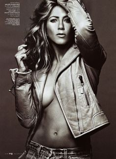 Jennifer Aniston Flaunts Her Curves For Sexy New Photoshoot - Pictures - Celebrity Gossip, News & Photos, Movie Reviews, Competitions - Entertainmentwise