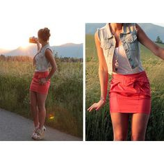 Have a white tank & a coral skirt. Just need a jean vest. Who thought I'd ever say that? Up Girl, Girly Girl, Looks Style, Style Me, Cute Skirts, Mini Skirts, Rosa Rock, Coral Skirt, Bow Skirt