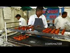 London Street Food. A Walk Around the Indian Food Stalls in Southbank