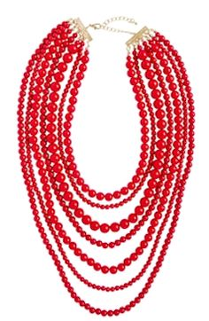 Red strande necklace http://rstyle.me/n/ejwe4nyg6