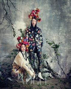 Via Vogue Korea February 2013 Models models Sung Hee Kim and Jung Sun Jin lensed by photographer Bo Lee. Post Views: 0 {editorial} Room with a Garden was last modified: February 2014 by thefashionistyle Foto Fashion, Fashion Art, High Fashion, Fashion Design, Floral Fashion, Ethnic Fashion, Asian Fashion, Vogue Korea, Editorial Photography