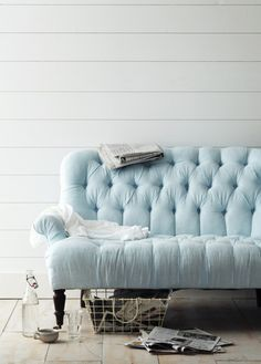 tufted sofa, maybe not that color for my scheme, but what is it about tufted sofas and me? Blue Tufted Sofa, Blue Couches, Blue Loveseat, My Living Room, Home And Living, Casa Color Pastel, Pastel Blue, Aqua Blue, Shabby Chic Furniture