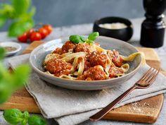 Rask middag på under 20 minutter Frisk, Pasta, Chicken, Ethnic Recipes, Food, Dinners, Dinner Parties, Essen, Suppers