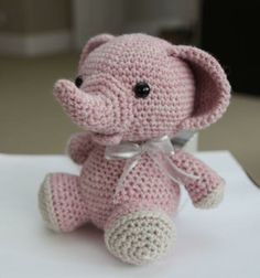 Crocheting: Amigurumi Pattern -Peanut the Elephant