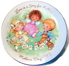 Love is a Song for Mother  Avon Collector Plate  by LootByLouise
