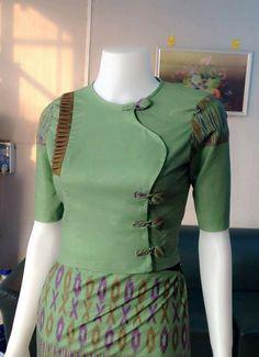 Traditional Dresses Designs, Traditional Fashion, Myanmar Dress Design, Myanmar Traditional Dress, African Fashion Dresses, Hijab Fashion, Fancy Blouse Designs, Batik Dress, Oriental Fashion