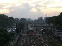 Uitzicht treinstation Jakarta tijdens rondreis op maat naar Java