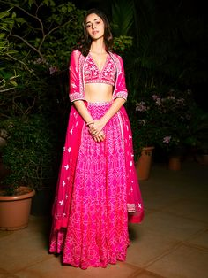 Indian Bridesmaid Dresses, Indian Wedding Outfits, Indian Outfits, Bridal Dresses, Mehendi Outfits, Bridal Outfits, Wedding Attire, Indian Fashion Dresses, Indian Designer Outfits