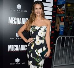 Jesssica Alba Is Blooming Perfect At Mechanic: Resurrection Premiere http://www.myfashionlife.com/archives/2016/08/23/jesssica-alba-blooming-perfect-mechanic-resurrection-premiere/