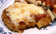PARMESAN CHICKEN - Linda's Low Carb Menus & Recipes I don't see where this one is pinned on this board, its a good one! I made it for dinner tonight - it's not pretty but it's really good! Atkins Recipes, Low Carb Recipes, Cooking Recipes, Healthy Recipes, Healthy Meals, Low Carb Chicken Parmesan, Low Carb Chicken Recipes, Parm Chicken, Chicken Parmigiana