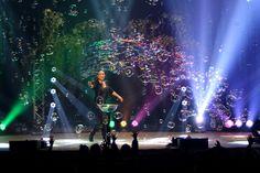 The Gazillion Bubble Show  http://ticketfront.com/event/The_Gazillion_Bubble_Show-tickets …