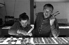 desde a poltrona exótica da casa da sua tia ao cabideiro esquisito do seu amigo que nada entende de design de interiores: entenda como o casal Eames inovou e influenciou o design de interiores no mundo inteiro: