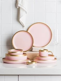 pink decor Matte Pink Ceramic with Powder Gold Border - European Style Tableware Ceramic Tableware, Ceramic Clay, Kitchenware, Kitchen Items, Kitchen Gadgets, Lenotre, European Fashion, European Style, Clay Cup