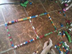 Nossa turminha, Maternal II, brincando com formas e jogo de encaixe
