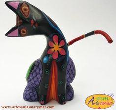 www.artesaniasmarymar.com ALEBRIJE de Gato en Madera de Copal