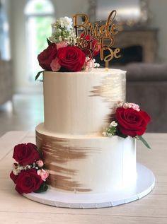 royal wedding cakes Red and Gold Bridal shower cake - Red and Gold Bridal shower cake - Square Wedding Cakes, Small Wedding Cakes, Wedding Cakes With Cupcakes, White Wedding Cakes, Beautiful Wedding Cakes, Wedding Cake Designs, Wedding Cakes With Roses, Cake Wedding, Wedding Ideas