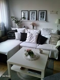 B&W Sweet Home, Couch, Living Room, Black And White, Blog, Furniture, Home Decor, Settee, Blanco Y Negro