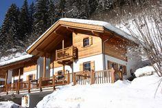 Luxe, vrijstaand chalet met sauna en originele tegelkachel
