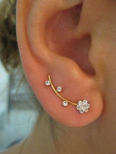 EAR SWEEP WRAP / CUFF for pierced ear which is a pair.  Height of the ear sweep is approx. 3 cm - 1.2 inch  You will reveice a pair.   I do ship all my jewelry with nice package ready to give away.  S