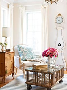 Love this! A chicken coop used as a coffee table. Plus it doubles as a showcase for a cool collection. Check out more flea market makeovers: http://www.bhg.com/decorating/decorating-style/flea-market/flea-market-makeovers/