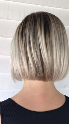 Short bob with ash blonde balayage Ash blonde balayage short hair ideas bob haircut short haircut short hair styles ash platinum blond balayage blended ash blonde highlights ashy blonde hair color inspiration jessica phillips Hair Michigan Hair Short Bob Haircuts, Modern Haircuts, Haircut Short, Bob Haircuts For Women, Hairstyle Short, Short Hair Cuts For Women Bob, Swing Bob Haircut, Bob Haircut Back View, Little Girl Short Haircuts