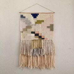CUSTOM weaving for Emma Waterman woven wall por MaryanneMoodie