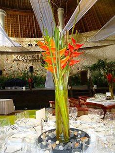 CBC223 Weddings Riviera Maya  xcaret tall orange centerpieces / boda alto de centro de mesa naranja